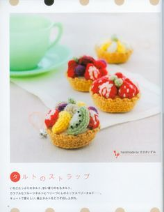 FREE Crochet Fruit Tartlets Pattern and Tutorial (click on arrow to get to free chart)