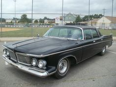 Car brand auctioned:Chrysler Imperial CROWN PUSH BUTTON AC BARN FIND RARE 413 LIKE HEMI DODGE PLYMOUTH NO RESERVE
