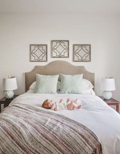 $15 DIY headboard: cardboard, fabric, staple gun