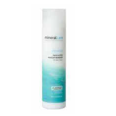Een zachte milde cleanser voor het gelaat en de ogen. Ook geschikt voor het verwijderen van make-up. Deze poriediepe reiniger verfrist en hydrateert ...