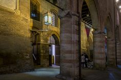 Bologna - Portico del Palazzo Comunale