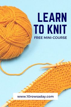 Detailed photo and video free mini course for absolute beginners that explains how to cast on, knit, purl, bind off stitches and make a seam. Knitting Help, Knitting For Beginners, Crochet Stitches, Knit Crochet, Crochet Hats, Stitch Patterns, Knitting Patterns, Casting On Stitches, Santa Boots
