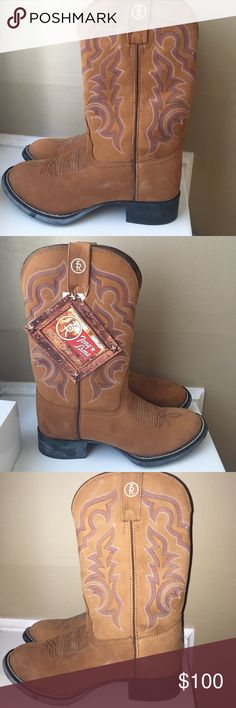 Tony Lama 3R Tan Smooth Leather Cowboy Boots Tony Lama 3R Smooth Tan 100% Leather Cowboy Boots! Never Worn, Super Smooth Tan Leather, Great for Skirts, Jeggings, Jeans, or Match up to Style ANY Outfit! Downsizing Wardrobe- great pair of boots! Tony Lama Shoes