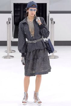 Chanel, Look #9