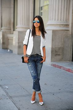 Swap Out Your Skinnies for The Season's Hottest Trends, Boyfriend Jeans! : How to wear boyfriend jeans. boyfriend jeans,how to,jeans Street Chic, Street Style, Boyfriend Jeans Style, Girlfriend Jeans, Mom Jeans, Look Blazer, Casual Outfits, Fashion Outfits, Striped Outfits