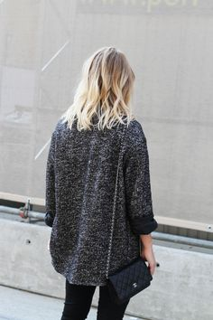 Nili Lotan oversized blazer minus the chanel Chanel Woc, Chanel Wallet, Chanel Purse, Oversized Blazer, Inspiration Mode, Ootd, Trends, Autumn Winter Fashion, Fall Winter