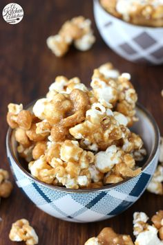 Sweet Heat Caramel Corn -- An easy sweet and spicy snack