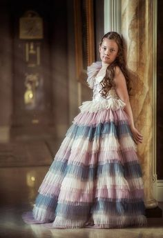ANNA TRIANT COUTURE (F: 06/18)