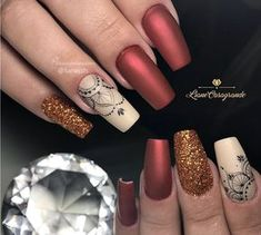 Unhas arabesco: Lindas nail art com arabescos (Tutoriais+60 fotos) Chic Nail Art, Chic Nails, Coffin Nails, Gel Nails, Finger Nail Art, Silver Nails, Gel Nail Designs, Nail Stickers, Nail File
