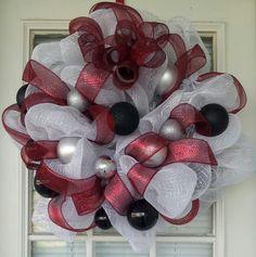 Red, black, & white Christmas mesh wreath