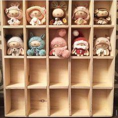 Добренько всем)) Ближайшие два месяца будут посвящены вашим заказам, поэтому буду делиться картинками, которые мне присылают из новых домов. Вот такую коллекцию собрала Наташа из Нижнего Новгорода❤. Здорово, да?))#коллекция#зайка#зайчик#мишка#сантаклаус#олень #обезьянка