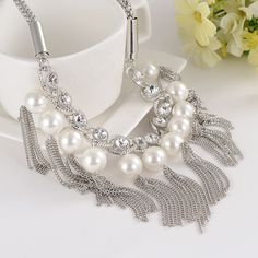 2016 Hot Sale Big simulated Pearl Necklace Women Statement Chunky  Necklace Jewelry For Women Bib Chuncky Colar Necklace New