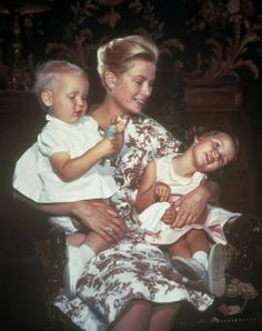Net Image: Grace Kelly and Prince Rainier of Monaco: Photo ID: . Picture of Grace Kelly and Prince Rainier of Monaco - Latest Grace Kelly and Prince Rainier of Monaco Photo.