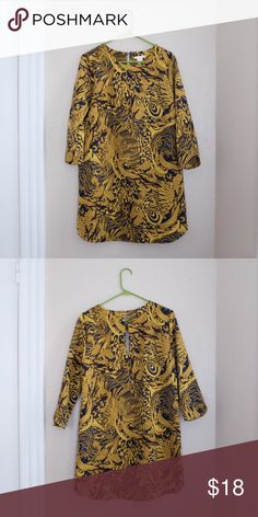 H&M Yellow Paisley Shift Dress H&M Yellow Paisley Shift Dress with 3/4 length sleeves H&M Dresses