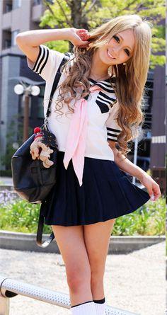 """Kogal"" means Highschool girl Gyaru Fashion, Kawaii Fashion, Cute Fashion, Student Fashion, School Fashion, School Girl Japan, Asia Girl, Japanese Fashion, Japanese Outfits"