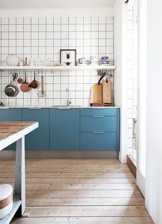 Blue kitchen details and retro tiles #scandinavianhome #interiorinspiration