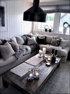40 Interesting Shabby Chic Living Room Designs Ideas - Home Accents living room Shabby Chic Living Room, Cozy Living Rooms, Living Room Grey, Living Room Modern, Apartment Living, Living Room Decor, Small Living, Rustic Apartment, Cozy Apartment