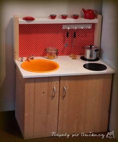 Dětská kuchyňka - Little kitchen for our childrens Kitchen Cart, Kitchen Cabinets, Little Kitchen, Bauhaus, Home Decor, Google, Decoration Home, Room Decor, Cabinets