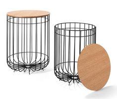 79,95 €   Zweifach praktisch – und das auch noch doppelt: Die beiden Beistelltische mit einem Gestell aus dekorativem Draht haben je eine Tischplatte aus furniertem Eichen-Echtholz, die auch als abnehmbarer Deckel dient.