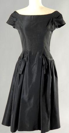 Christian DIOR Paris (Haute Couture), patron original, n° 45069 (collection A/H 1954-55, Ligne H)