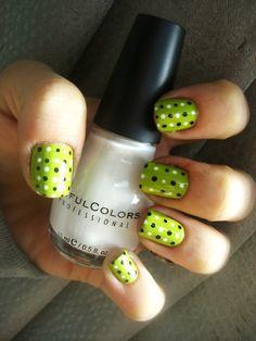 Green Polka Dot Nails- not usually a polka fan. Dot Nail Art, Polka Dot Nails, Polka Dots, Great Nails, Fabulous Nails, Pretty Nail Designs, Nail Art Designs, Hot Nails, Hair And Nails