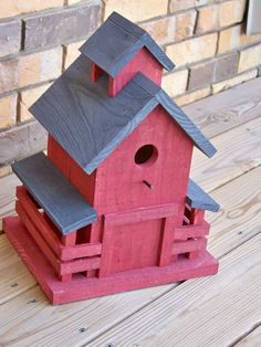 THIS IS NOT A FINISHED ITEM Primitive birdhouse PATTERN Southern Barn Birdhouse is by Wooden Creations 14 1/2 inches high 11 inches wide 9 inches deep PATTERNS are Non Returnable Please grab yourself a cup of coffee or Diet Soda (thats mine) pull up a chair and check out our web