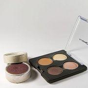 How to Make Homemade Eyeshadow | eHow