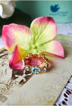 Daisy Days Ring - Retro, Indie and Unique Fashion
