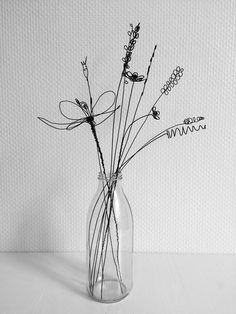 Bouquet of 10 flowers recuit yarn flower to hang floral wall decoration deco boho nature capuchin gift mistress Mural Floral, Floral Wall, Sculptures Sur Fil, Wire Art Sculpture, Wire Sculptures, Abstract Sculpture, Bronze Sculpture, Yarn Flowers, Gift Flowers