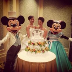 Tokyo Disneyland hosts lesbian wedding (And yes, I noticed the cake topper still has Mickey & Minnie, but who cares)