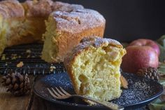 Italian Apple Cake, a moist soft full of chopped apples anytime cake. A perfect Breakfast, Snack or even Dessert Cake. All it needs is a dusting of powdered sugar! Italian Donuts, Italian Desserts, Italian Recipes, Italian Lemon Cake, Italian Lemon Cookies, Broccoli Cheese Bake, Chocolate Peanut Butter Fudge, Chocolate Hazelnut, Lemon Pudding Cake