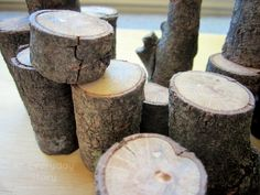 Natural tree blocks - Weekend Project - An Everyday Story light sand - to do idea