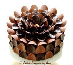 Super Enticing and Amazingly Designed Chocolate Cakes 30