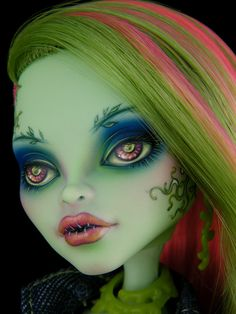 Venus by engelmech - monster high LOVE her coloring! Just Beautiful !