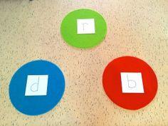 Welke letter hoor je vooraan? Springen maar… | Kids in Flow