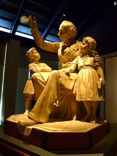 HC Andersen statue --     Hans Christian Andersen Museum, Odense.