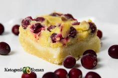 Keto Cranberry Lemon Bars Desserts To Make, Great Desserts, Holiday Desserts, Lemon Dessert Recipes, Keto Recipes, Cranberry Bars, Low Carb Deserts, Lemon Filling, Shortbread Crust