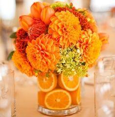 Arranjos de Flores com Rodelas de Frutas