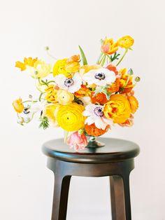 Anemone Ranuncus Centerpiece | photography by http://lovebyserena.com/