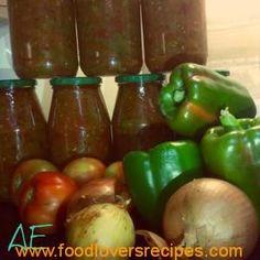 Tomato, Onion and green pepper relish