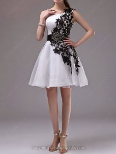 Ball dresses Hemilton - Travel and Fashion Tips by Anna P.