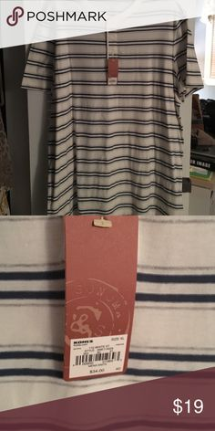 Men's striped t-shirt Brand new! Striped t- shirt. 3 button closure at neck.  XL but could fit XL Tall or XXL. Sonoma Shirts Tees - Short Sleeve
