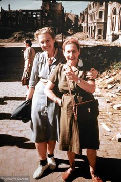 Poland of 1947 in Color Polish People, Ppr, Poland, City Photo, Beautiful People, Hipster, Student, Coat, Cities