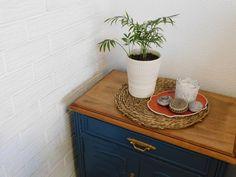 móvel pintado de azul Vanity, Blue Painted Furniture, Sanding Wood, Enamel Paint, Shellac, Dressing Tables, Powder Room, Vanity Set, Single Vanities