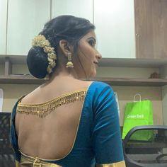 Simple Blouse Designs, Blouse Back Neck Designs, Silk Saree Blouse Designs, Stylish Blouse Design, Blouse Patterns, Beautiful Saree, Beautiful Women, Lehenga, Sarees