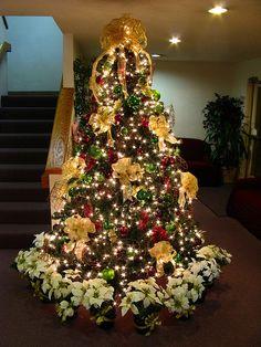 Grapevine Christmas Tree by Mastery of Maps, via Flickr