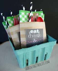 Party pouches at the end of your buffet line help corral silverware and no one forgets their napkin!  Cute printable tags, too!