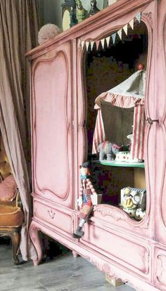 Boutique Decor, Boutique Interior, Children's Boutique, Country Furniture, My Furniture, Painted Furniture, Rustic Hutch, Pink Cabinets, French Boutique