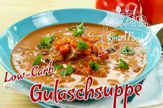 Low-Carb Gulaschsuppe (Gulascheintopf) Es geht nichts über eine wärmende Gulaschsuppe. Dieser würzge Gulascheintopf passt ideal in eine Low-Carb Ernährung.