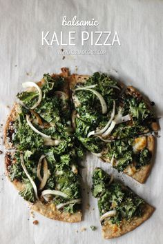Grilled the dough and pizza. Raw Food Recipes, Meat Recipes, Vegetarian Recipes, Cooking Recipes, Healthy Recipes, Kale Pizza, Healthy Snacks, Healthy Eating, Kitchens